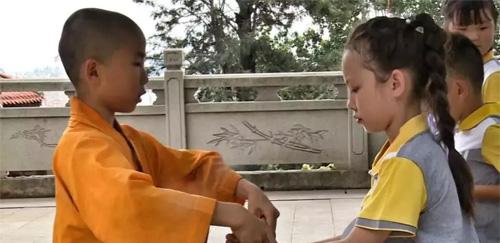 校园大道智慧校服专属品牌《陪你成长》----南少林