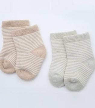 凉从脚下起 家长挑选童袜从面料着手