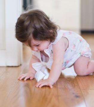 宝宝不学爬先学走好吗 这篇文章了解一下
