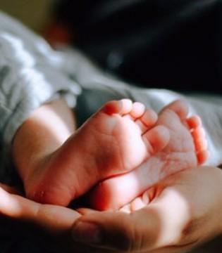 造成宝宝脑瘫的原因 脑出血和脑缺氧的危害