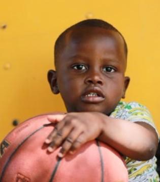 宝宝生长痛的发病原因 小儿生长痛可以服用维生素C