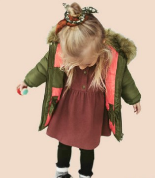 Zara用缤纷色彩 为宝贝温暖这个寒冬
