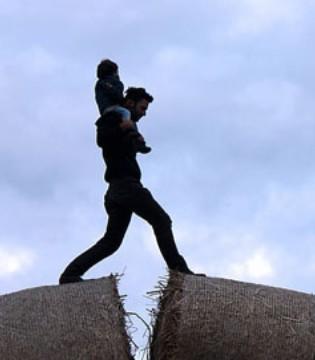 老担心孩子长不高 有什么方法可以帮助孩子长个子吗?