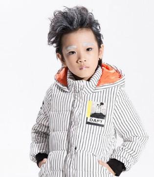 快乐有我 放飞自我 小猪芭那童装品牌带你飞越冬季!
