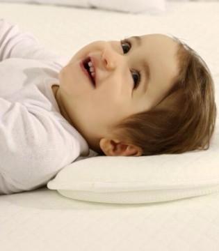 宝宝的颜值 和妈妈对枕头的选择密切相关