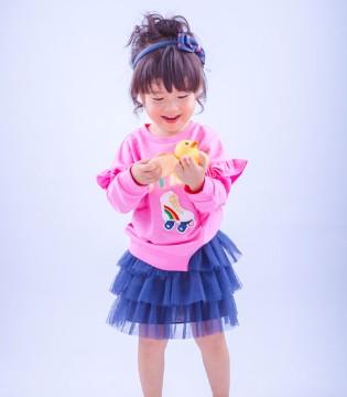 波波龙童装:让你的宝宝从小做一个小仙女