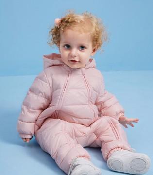 宝宝时尚有型连体羽绒服 给宝宝暖暖的爱