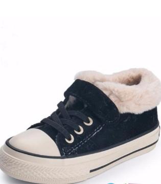 冬季萌娃加绒棉鞋 让宝贝轻松踏上潮流之路