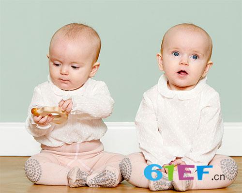 宝宝学爬很重要 送上丹麦婴童用品品牌GoBabyGo礼盒