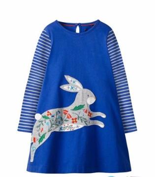 冬季女童连衣裙穿搭 让小公主依然时尚美丽