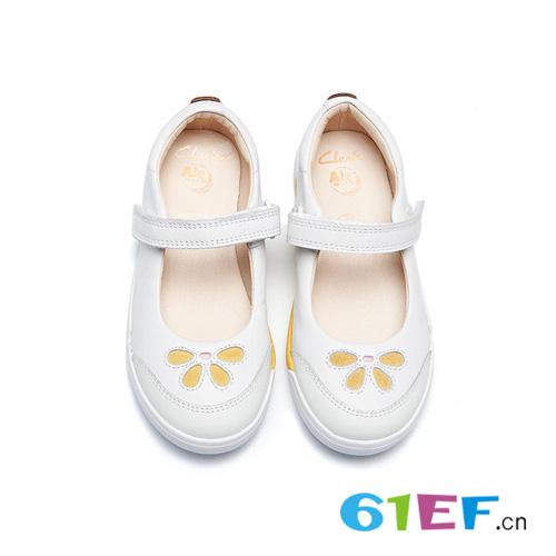 舒适时尚Clarks童鞋 爱护宝贝的小脚丫