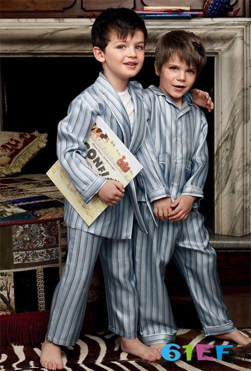 小神童童装品牌 让你轻松占据童装市场