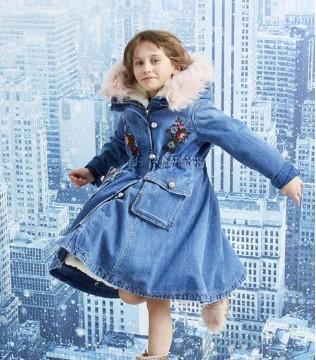 女孩子秋冬季节就应该这样穿 美美哒