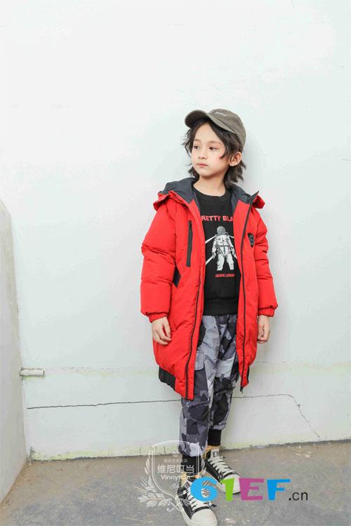 维尼叮当童装:既然要穿羽绒服 就要穿得美美的