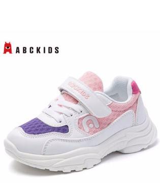 宝贝需要一双好鞋 现在流行又笨又丑的老爹鞋