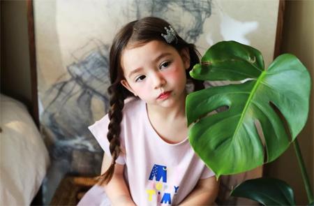 小博士童装 2019春夏新品上新 时尚的亲肤体验