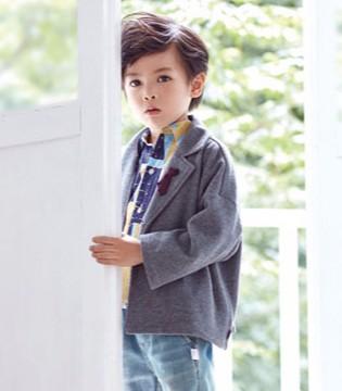 DIZAI小潮男帅气穿搭 打造时尚新潮流