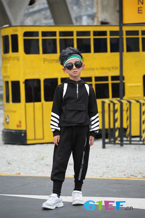 下一个奇迹童装时尚穿搭 让你的孩子穿上美美哒