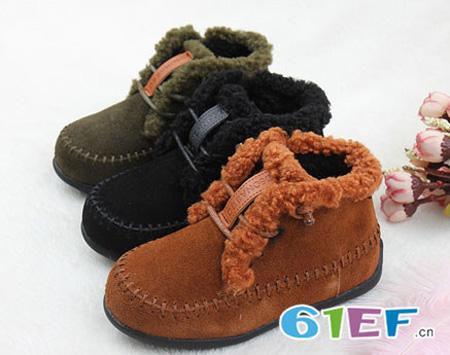 花样时尚马丁靴 做冬日里风度少年