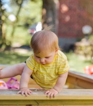宝宝爬行的好处 宝宝早走路的弊端