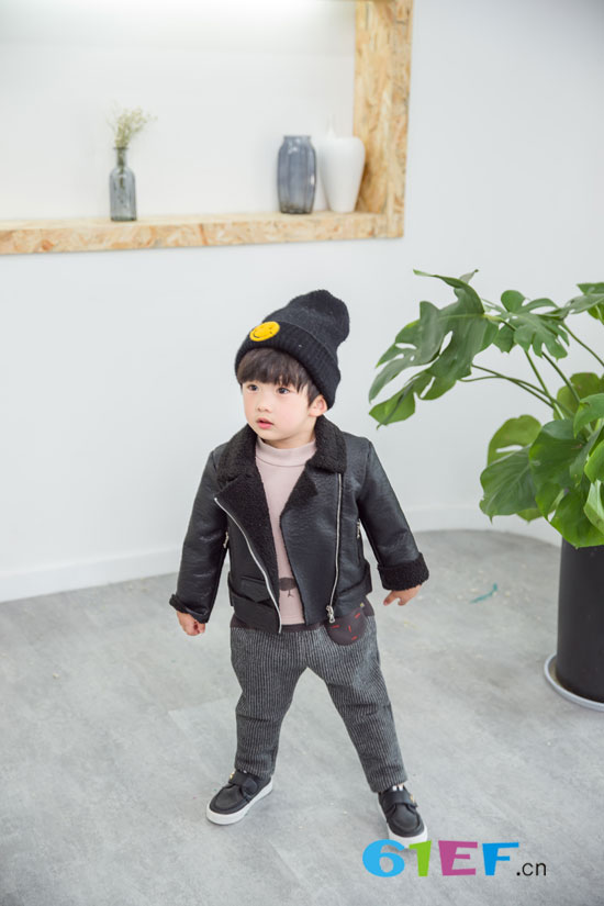安米莉童装新款 新年带来新气象!