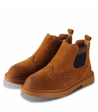 帅气又英气的马丁靴 鞋面材质有哪几种?