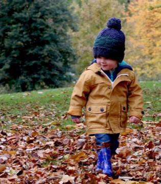 父母该如何和孩子建立一种亲密感呢