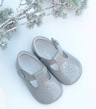 Ala Cofly甜美学步鞋 让萌娃遇见春天的美好