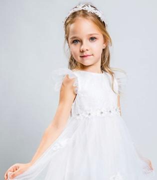 梦幻白色连衣裙 让爱美的小女孩 秒变小公主