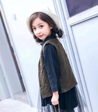 挑选童装品牌 当然是要选择小嗨皮童装