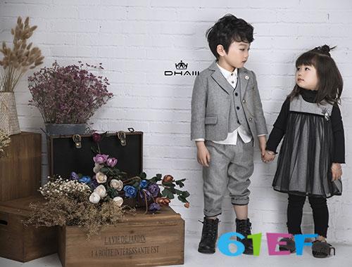 加入东宫皇子童装品牌 童装市场任你遨游