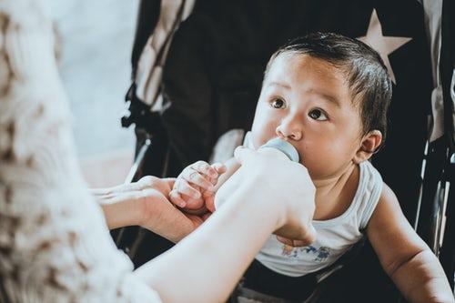 宝宝拒绝吃母乳 其实原因有这几点
