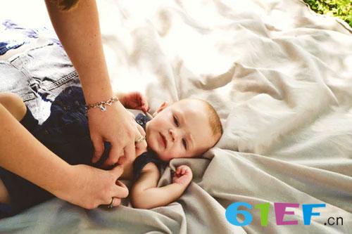 为什么宝宝爱早醒  早醒的破解大法