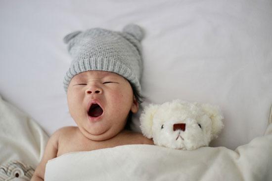 怎样提高宝宝睡眠质量 宝宝闹觉是怎么一回事