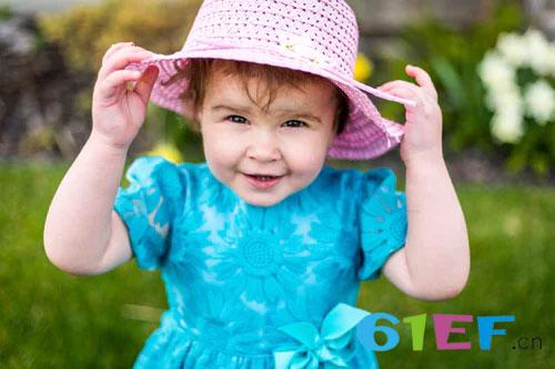 告别尿不湿 如何训练宝宝的如厕习惯?
