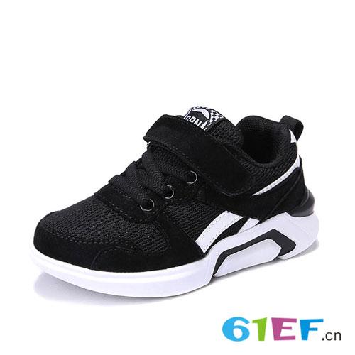 儿童运动鞋  让宝贝做潮流的时尚宠儿