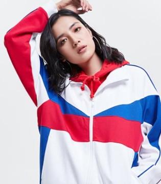 李宁正大步开拓海外市场 时尚之役持续进行中