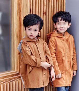 成功道路上的好伙伴 就选久久时尚童装