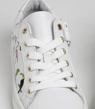 孩子学走路 就穿英国Papouelli品牌童鞋