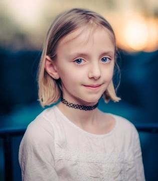这几种举动容易致孩子听力受损  需要警惕