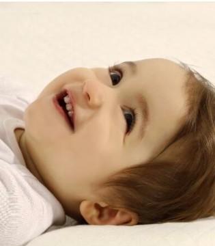 材质不同 效果不同 该如何给宝宝选择枕芯?