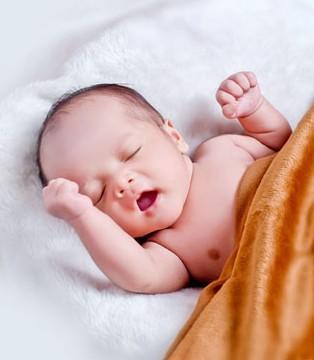 出生一周的宝宝睡多久 如何保证宝宝睡眠质量