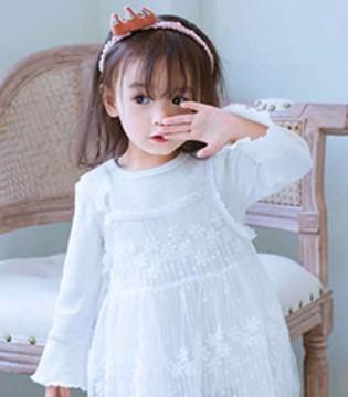 白雪公主与白马王子的故事 尽在小神童童装品牌