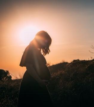 孕期甲减甲亢对胎儿有哪些影响 如何控制
