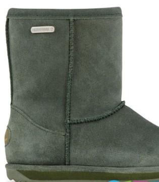 孩子户外运动的必备鞋款 EMU雪地靴