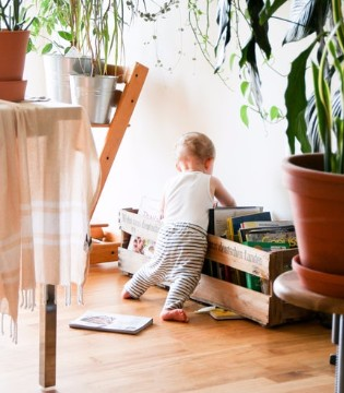 """婴儿不宜提早学步 增加""""X""""形腿和""""O""""形腿的发生率"""