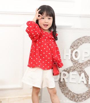 品牌折扣童装 小神童带给孩子们活泼 美好 优雅的姿态