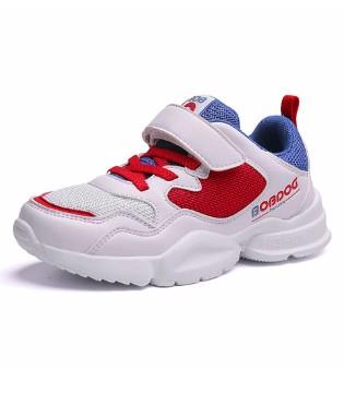 爱动的少年 怎能少得了舒适的巴布豆运动鞋