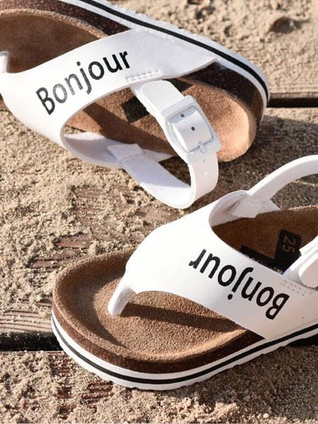 遍地都是童装 属于孩子的童鞋只有ALA COFLY