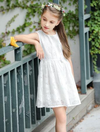 品牌折扣童装 小神童给孩子们来点不一样的风格